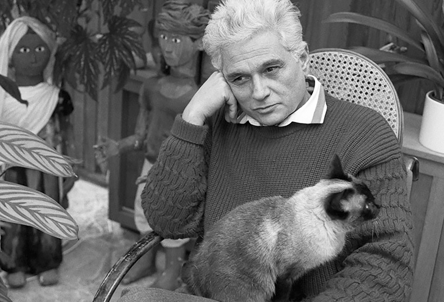 Deciding over Derrida'sDifférance